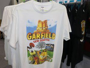 सेतो टी शर्ट प्रदर्शन